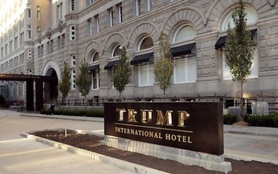 Le Trump International Hotel de Washington, D.C. Illustration. (Crédit : Chip Somodevilla/Getty Images)