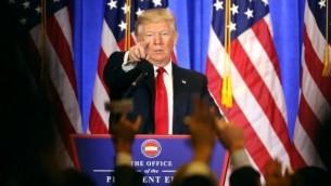 Le président américain élu Donald Trump pendant une conférence de presse à la Trump Tower de New York, le 11 janvier 2017. (Crédit: Spencer Platt/Getty Images/AFP)