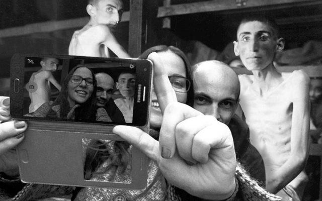 Détail d'un montage pour YOLOCAUST de Shahak Shapira (Crédit : yolocaust.de)