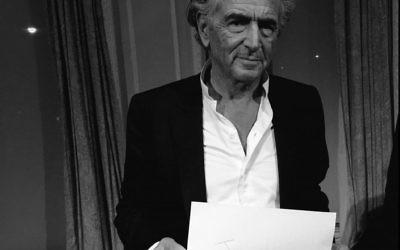 Le philosophe français Bernard-Henri Lévy a participé à la campagne  #WeRemember du Congrès mondial Juif. (Autorisation : Congrès mondial juif)