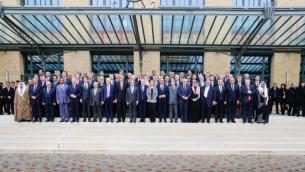 Les 70 pays représentés à la conférence de paix pour le Proche Orient organisée à Paris, le 15 janvier 2017. (Crédit : ministère français des Affaires étrangères)
