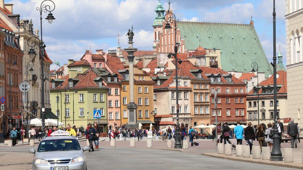 Le centre de la vieille ville de Varsovie (Crédit : Shmuel Bar-Am)