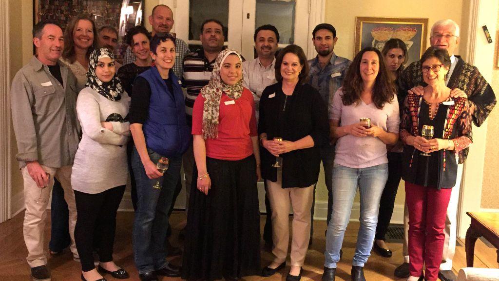 Une rencontre du club de restauration syrien à Maplewood, dans le New Jersey, en octobre 2016 (Autorisation)
