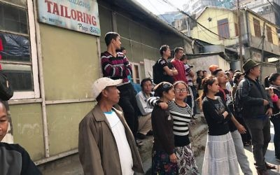 """Des membres de la communauté juive  """"Bnei Menashe"""" à Aizawl,  capitale du Mizoram en Inde, le 12 février 2017 (Crédit : Shavei Israel)"""