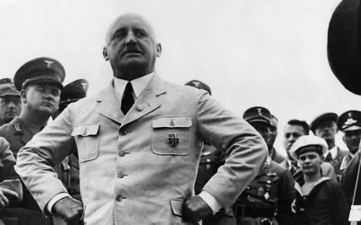 Julius Streicher, fondateur de la propagande nazie, prenant la pose à Berlin le 15 août 1935 Crédit : JTA/ Getty Images)