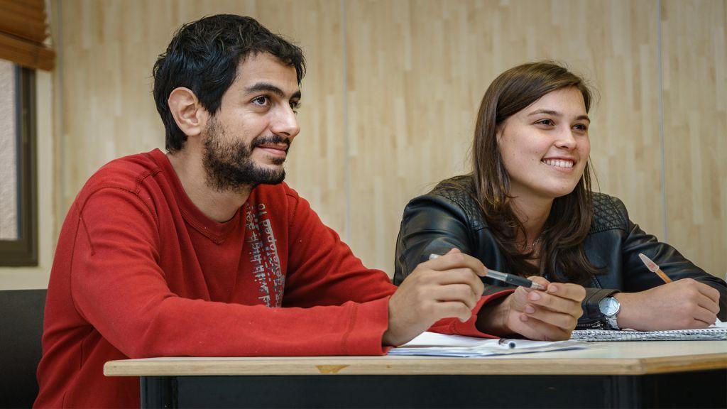 Mohannad Nairoukh, à gauche, étudiant à l'Institut Arava (Autorisation)
