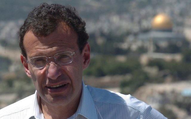 L'homme d'affaires israélo-britannique Chaim 'Poju' Zabludowicz, à Jérusalem, en 2005. (Crédit : Flash90)