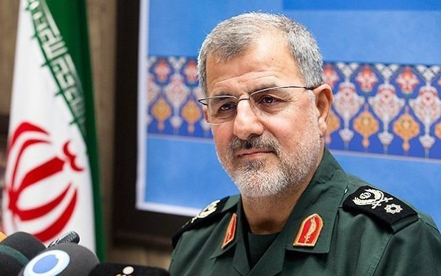 Le général de brigade Mohammad Pakpour, commandant des forces terrestres des Gardiens de la Révolution iraniens. (Crédit : Hossein Zohrevand/CC BY 4.0/Wikimedia Commons)