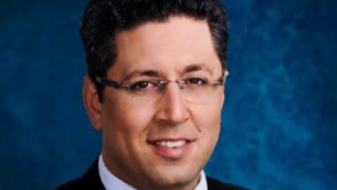 Ilan Shohat, maire de Safed (Crédit : capture d'écran YouTube)