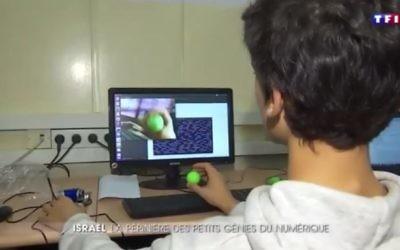 Extrait d'un reportage de TF1, consacré aux programme d'ingénierie informatique destinés aux jeunes Israéliens (Crédit: capture d'écran/TF1)