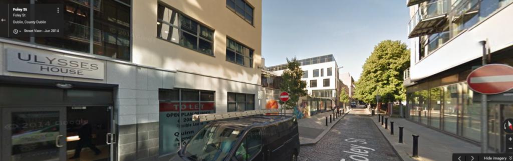 Malgré sa modestie, cet immeuble de quatre étages du centre de Dublin, Ulysses House, est l'adresse officielle de centaines d'entreprises. (Crédit : capture d'écran Google Street View)
