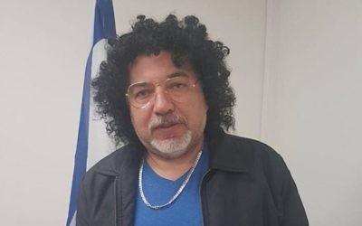 Avigdor Liberman déguisé pour Pourim, le 12 mars 2017. (Crédit : Facebook)