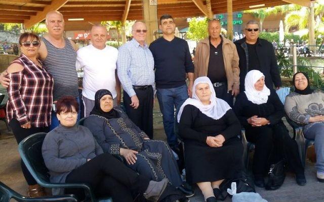 Druzes, Circassiens, Arabes chrétiens et Arabes musulmans ont partagé leur deuil de leurs enfants perdus dans des attaques terroristes ou pendant leur service militaire, au parc de Hamat Gader, dans le nord d'Israël, le 20 février 2017. (Crédit : Dov Lieber/Times of Israël)
