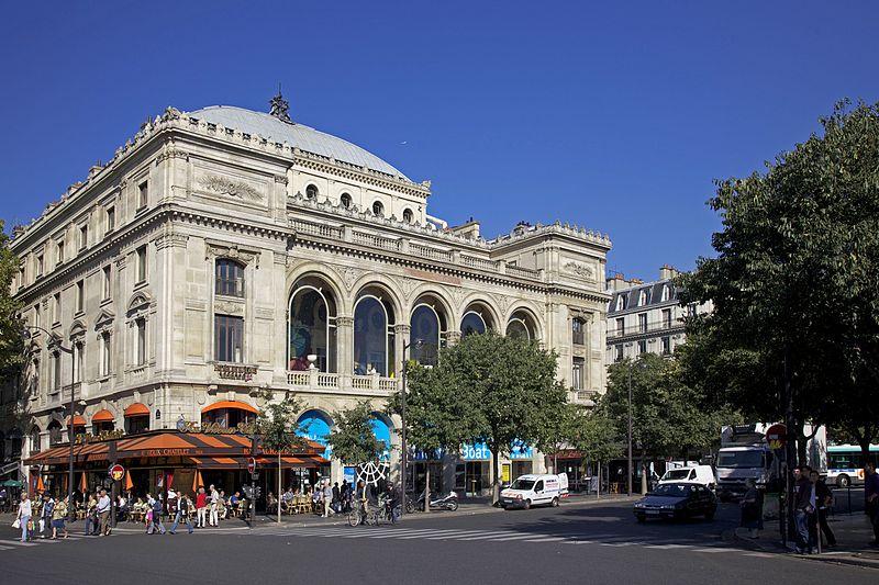 Place du Châtelet à Paris (Crédit : Jean-Marie Hullot/CC BY 2.0)
