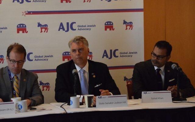 Table ronde de l'American Jewish Committee (AJC) sur l'antisémitisme au moment du début de la convention républicaine, le 18 juillet 2016. (Crédit : Cleveland Jewish News)