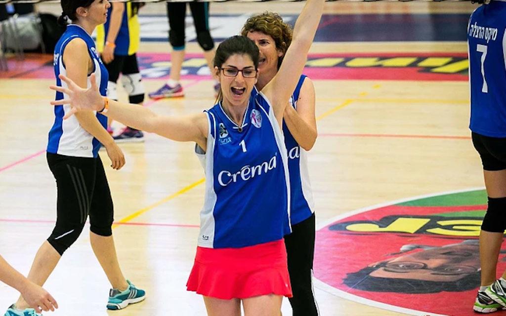 Une joueuse lors des Catchball Games  d'Eilat, en Israël, au mois de février 2016 (Autorisation de l'Association israélienne de Catchball)