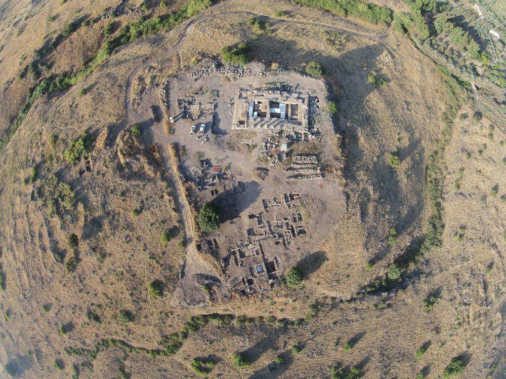 Vue aérienne du site romain ancien d'Omrit, au nord de la vallée de la Hula (Autorisation de Daniel Schowalter)