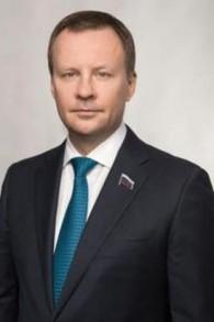 Denis Voronenkov (WP:NFCC#4)