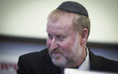 Avichai Mandelblit, procureur général, à Netanya, le 16 janvier 2017. (Crédit : Roy Alima/Flash90)