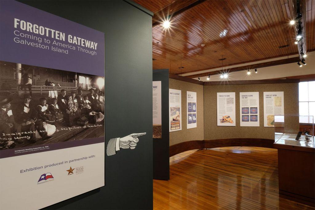 Une partie de l'exposition 'Forgotten Gateway' au Bryan Museum de Galveston, au Texas. (Crédit : Bryan Museum)