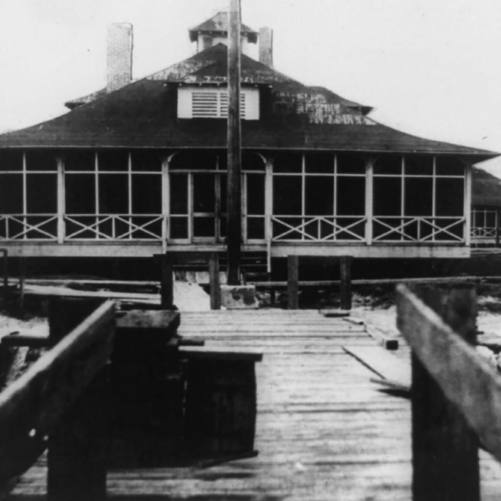 Section de quarantaine de Galveston aux environs de 1910 (Crédit : Galveston Historical Foundation)