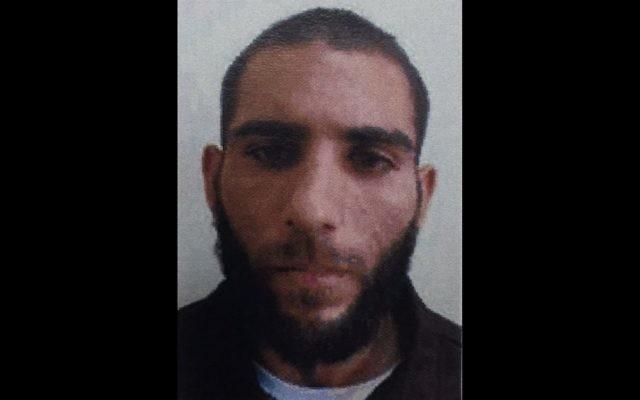 Fadel Saber Kananeh, un Arabe israélien de 25 ans de la ville de Yafa an-Naseriyye, dans le nord d'Israël, mis en examen pour avoir transféré de l'argent au groupe Etat islamique, le 27 mars 2017. (Crédit : Shin Bet)