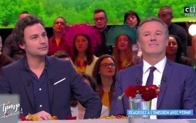 Le candidat Nicolas Dupont-Aignan, refoulé du débat sur TF1, a accepté l'invitation de Cyril Hanouna à se rendre sur le plateau de TPMP (crédit: capture d'écran/HuffPost)