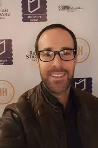 Leon Avigad, hôtelier visionnaire de Tel Aviv, a été à l'origine de cet hôtel pop-up conçu dans un poste de sauvetage (Autorisation : Leon Avigad)