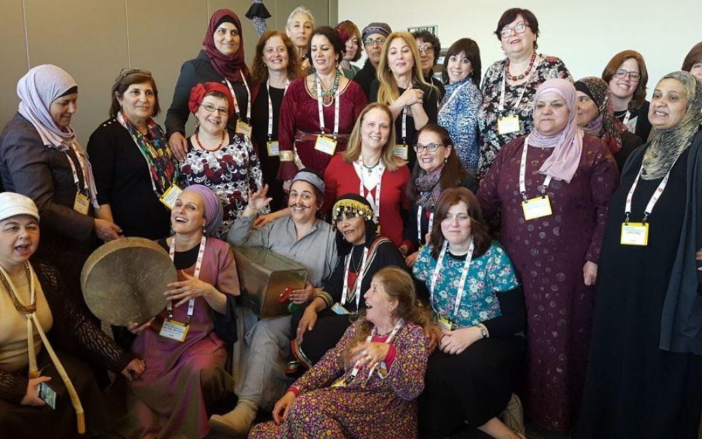 """Les femmes du groupe """"Des femmes et des histoires à Jérusalem"""". (Crédit : Facebook)"""