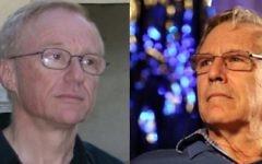 Les auteurs israéliens David Grossman (g) et Amos Oz. (Crédit : Capture d'écran YouTube)