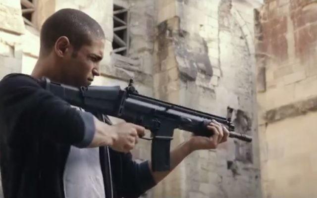"""Extrait du film """"Made in France"""" de Nicolas Boukhrief, sur l'infiltration par un journaliste de culture musulmane d'une cellule jihadiste en banlieue parisienne. (Crédit : capture d'écran YouTube)"""