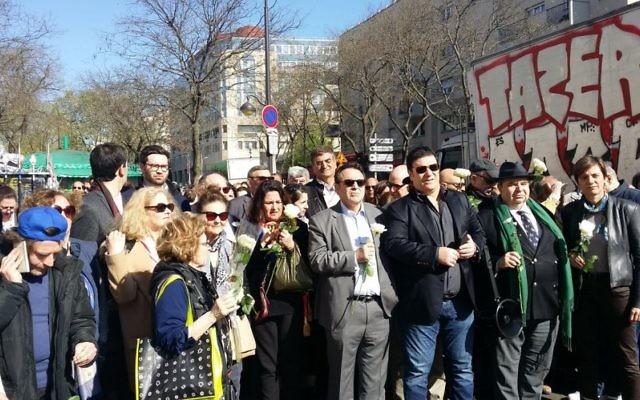 Marche blanche à la mémoire de Lucie Sarah Halimi, à Paris, le 9 avril 2017. (Crédit: Bernard Musicant/Twitter)