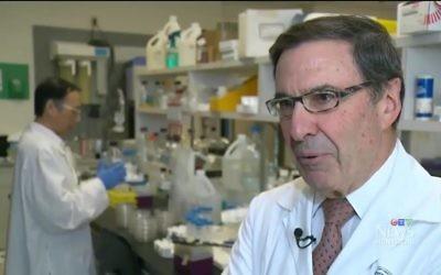 Le docteur Mark Wainberg interviewé lors de la journée mondiale du SIDA le 1er décembre 2014 (Capture d'écran : YouTube)