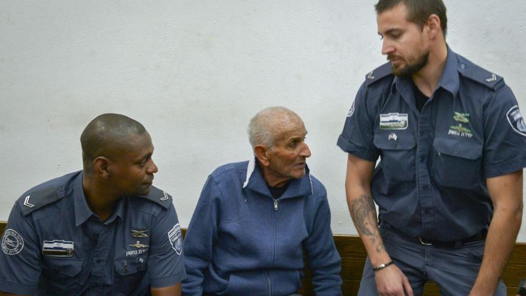 Asher Faraj au tribunal des magistrats de Tel Aviv le 15 mars 2017 (Crédit : Flash90)