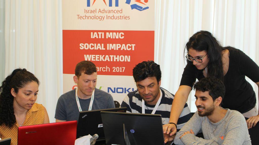 La semaine de l'impact social de l'IATI - les participants au groupe Eat Smarter (Crédit : IATI)