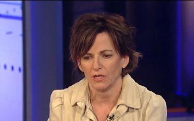 Liz Spayd, du New York Times. (Crédit : capture d'écran YouTube/Fox News)