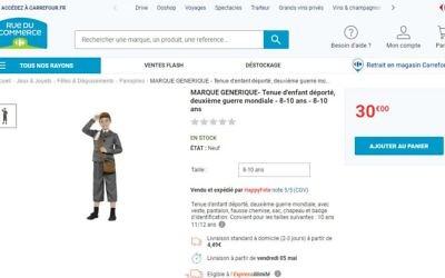Le site Rue du Commerce, filiale du groupe Carrefour, propose un costume d'enfant déporté, avec badge d'identification, en avril 2017. (Crédit: capture d'écran site Carrefour)