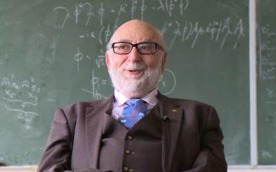 François Englert, professeur de physique à Bruxelles, enfant caché, reçut le Prix Nobel en 2013 (Crédit: capture d'écran Youtube/Cern)