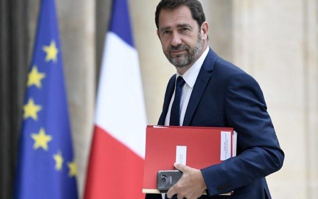 Christophe Castaner, ministre français des Relations avec le Parlement et porte-parole du gouvernement, à l'Elysée, le 24 mai 2017. (Crédit : Stéphane de Sakutin/AFP)