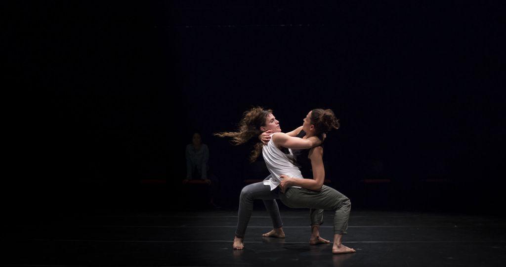 'Tech It Away,' la nouvelle pièce du c.a.t.a.m.o.n Dance Group, en avant-première la semaine prochaine. (Crédit : Avi Gorlin)