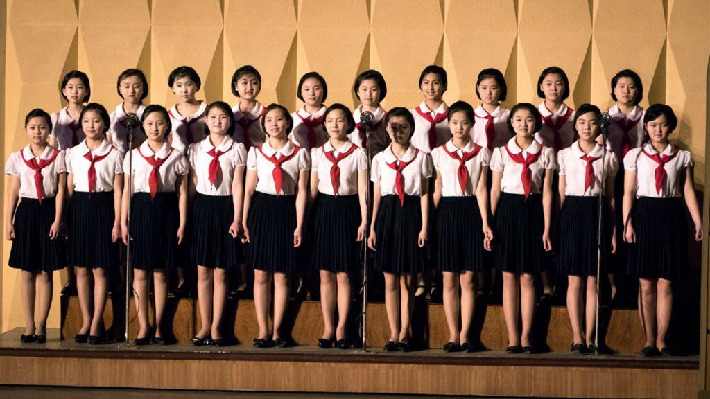Le spectacle mis en place par le gouvernement nord-coréen auquel Shai a assisté (Crédit : Moshe Shai)