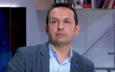 Sébastien Chenu, élu du Front national, sur le plateau de LCI, le 5 avril 2017. (Crédit : capture d'écran YouTube)