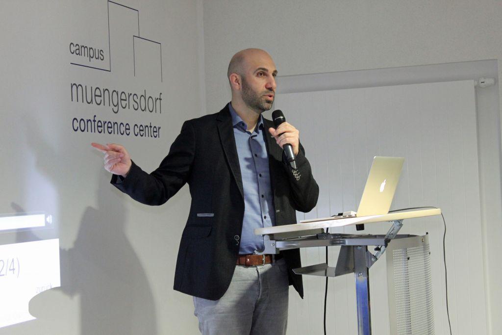 Ahmad Mansour fait la promotion d'une meilleure intégration pour les immigrants de première et seconde génération au sein de la société européenne. (Crédit : Franziska Richter)