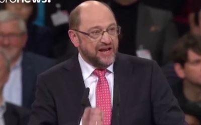 """Le candidat social-démocrate à la chancellerie Martin Schulz a dénonce """"les paroles anti-allemandes"""" de Marine Le Pen dans une interview publiée jeudi par le quotidien Ouest-France (Crédit: capture d'écran Libération)"""