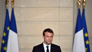 Le président français Emmanuel Macron en conférence de presse à l'Elysée, le 2 juin 2017. (Crédit : Christophe Petit Tesson/Pool/AFP)