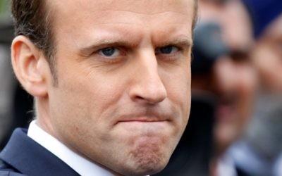 Le président français Emmanuel Macron pendant une cérémonie à l'Arc de Triomphe, le 3 juin 2017. (Crédit : Charles Platiau/Pool/AFP)