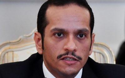 Le ministre des Affaires étrangères du Qatar, Mohammed ben Abdulrahman ben Jassim Al-Thani, lors de sa rencontre avec son homologue russe à Moscou, le 10 juin 2017. (Crédit :  Yuri Kadobnov/AFP)