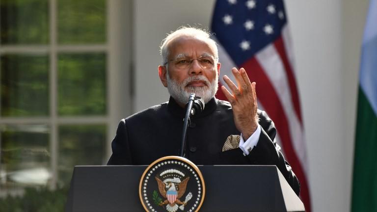 Le Premier ministre indien Narendra Modi intervient lors d'une conférence de presse conjointe avec le président américain Donald Trump au Rose Garden à la Maison Blanche le 26 juin 2017 (Crédit : AFP Photo / Nicholas Kamm)