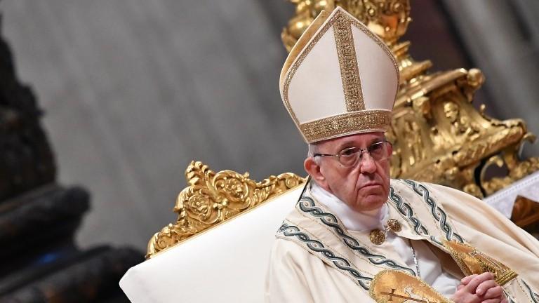 Le pape Francis lors d'un consistoire pour nommer cinq nouveaux cardinaux le 28 juin 2017, à la basilique Saint-Pierre au Vatican, en Italie (Crédit : Photo AFP / Alberto Pizzoli)