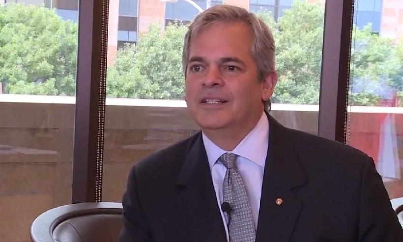 Le maire d'Austin Steve Adler, le 1er juin 2017. (Capture d'écran : /KVUE)
